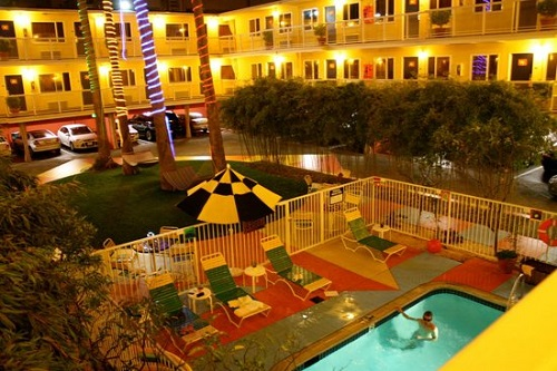 hotel-del-sol-a-joie