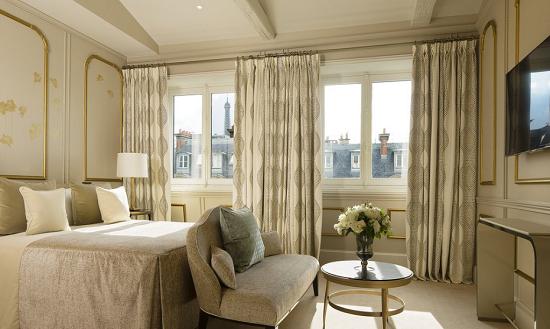 Paris Romantic Honeymoon Hotels